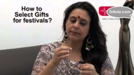 Selecting Gifts for Your Friends Tips by Kavita Ashok Model actress and social activist